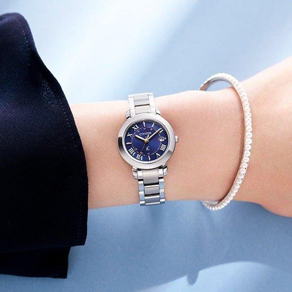 Zapięcie zegarków Citizen na bransolecie