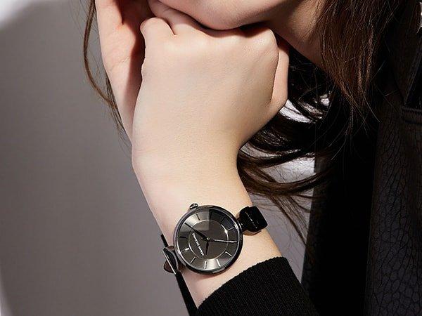 Zegarki damskie Armani Exchange – odpowiednie dla każdej kobiety