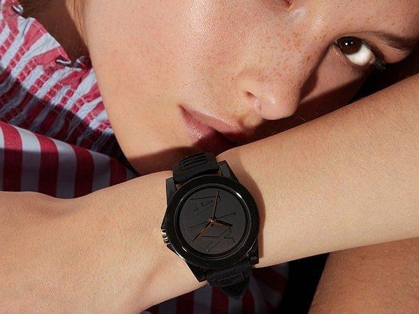 Stylowy zegarek Armani Exchabge