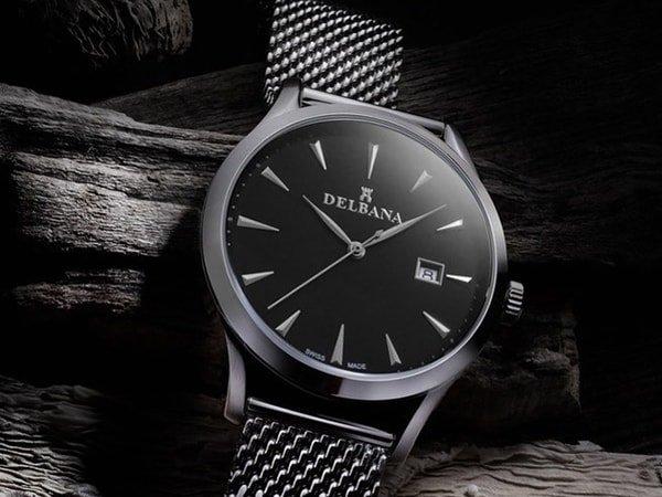 Zegarek Delbana na bransolecie mesh w srebrnym kolorze