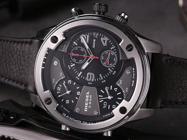Stylizacje z pazurem z zegarkiem Diesel Boltdown