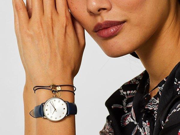 Codzienna elegancja w damskich zegarkach Esprit