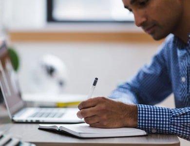 Pracujesz zdalnie? Zaplanuj dzień w home office z zegarkiem smart!