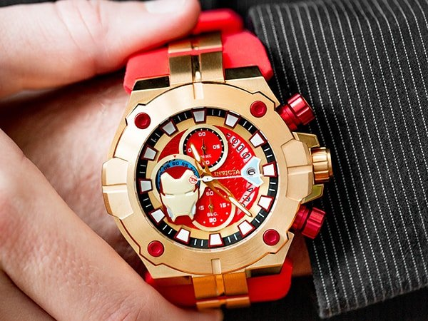 Męski zegarek Invicta inspirowany Ironmanem