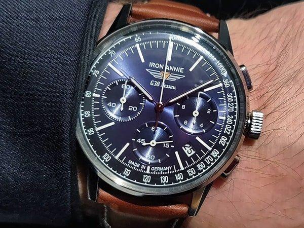 Wysokiej jakości wykonania zegarek Iron Annie z granatowa tarczą