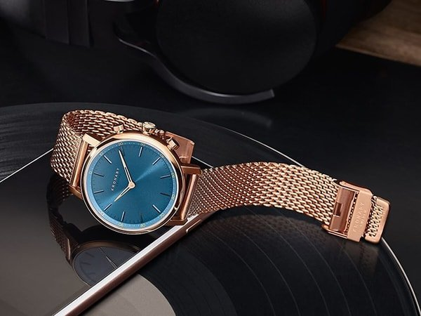 Niezawodny zegarek Kronaby Carat