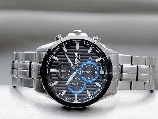 Stylowy design męskich zegarków Pulsar