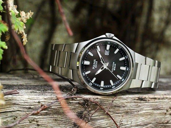 Specyfikacja techniczna męskich zegarków Pulsar