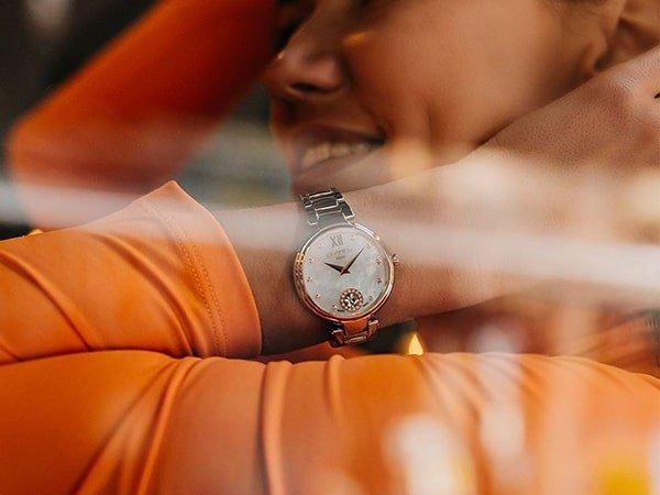Wyrafinowana prostota zegarków Roamer damskich