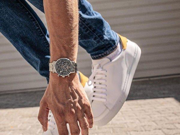 Oryginalność tarcz w męskich zegarkach Roamer