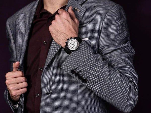 Rodzaje zegarków Rubicon na pasku w czarnym kolorze