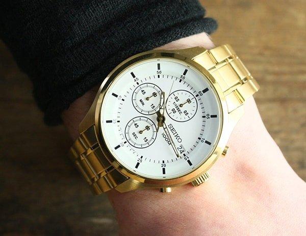 Zegarki Seiko Chronograf na złotej bransolecie
