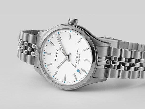 Zegarki Timex na bransolecie w klasycznym stylu