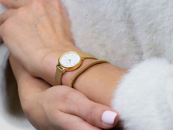 Elegancki zegarek Bering dla niej