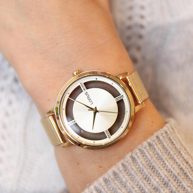 Złoty zegarek Lorus z unikalną tarczą.