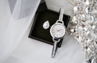 Zegarek damski Caravelle bransoleta 43L200 - duże 2