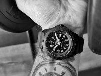Traser TS-102904 zegarek czarny klasyczny P96 Outdoor Pioneer pasek
